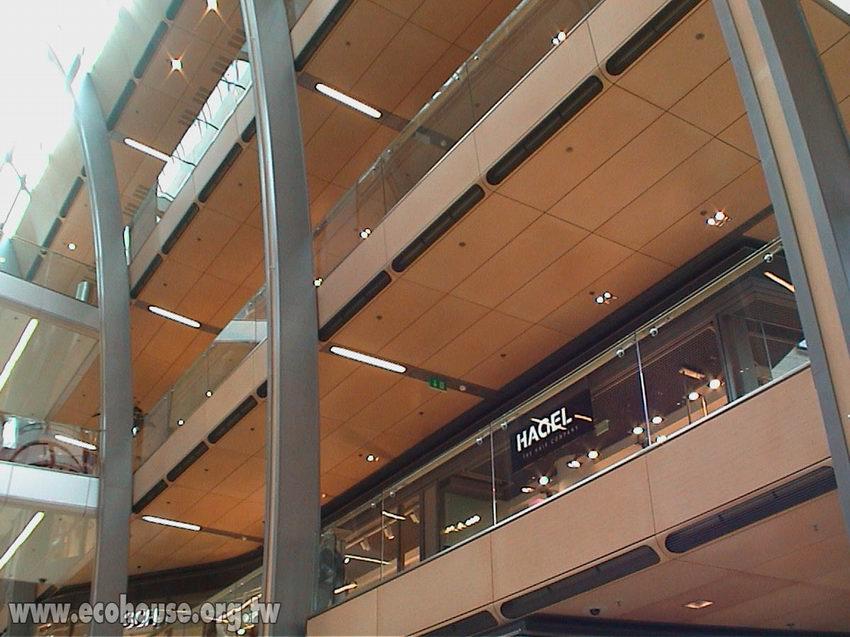 天花板安灯必用接线盒 客厅用石膏板吊顶,安几个灯
